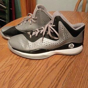 Men's size 14 Adidas Rose basketball shoes